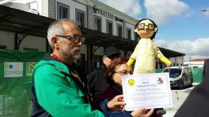 Integrantes de Marea Amarilla, el día que hicieron pública la distinción simbólica distinción.