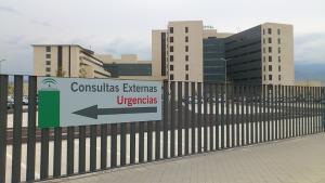Granada por su salud pide que el traslado de profesionales en Urgencias no se haga hasta que no se complete la 'desfusión'.
