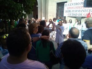 Los trabajadores durante la protesta.
