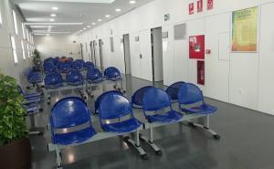 Una de las salas de espera para consultas del nuevo centro.