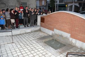 Acto de inaguración de la 'Fuente del Agua'.