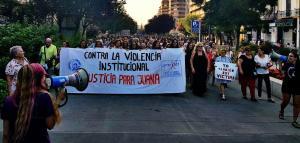La manifestación de Granada a su paso por la Avenida de la Constitución.