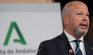 Javier Imbroda, consejero de Educación y Deporte, en la presentación del decreto.