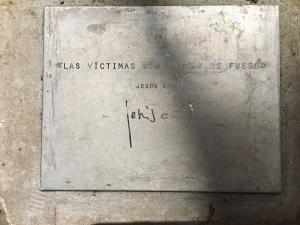 Placa con cita de Jesús Arias, en el Barranco de Víznar.