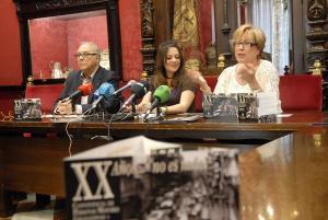La concejala Jemi Sánchez en la presentación del Corpus para los mayores.