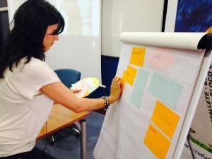 Raquel Lanseros durante el taller.