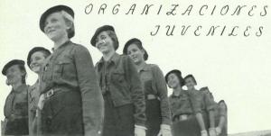 Grupo de jóvenes granadinas que hicieron la mili de la Sección Femenina, aparecidas en el primer número de la Revista de la Mujer Nacional Sindicalista Y (1 de febrero de 1938).