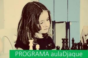 Cartel del programa que promueve el ajedrez en los centros.