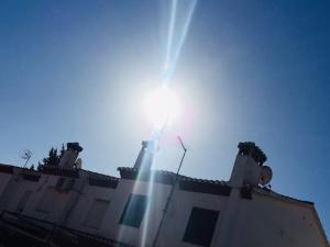 Sol radiante, este domingo sobre Granada.