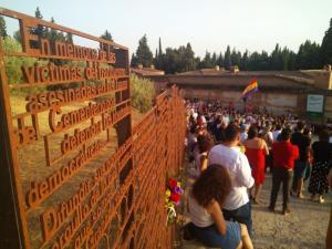El movimiento memorialista de Granada ha honrado este 20 de julio la memoria de los hombres y mujeres asesinados por el franquismo.