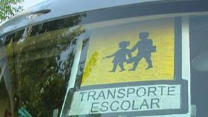 Nueve autobuses fueron denunciados por no llevar el obligatorio cartel de transporte escolar.