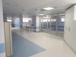 Interior del nuevo Hospital de Rehabilitación y Traumatología.
