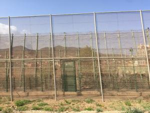 Valla que separa Melilla de Marruecos.