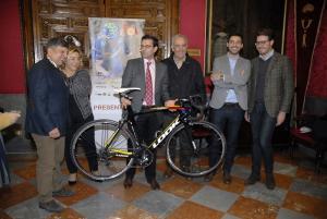 La Vuelta a Andalucía vuelve a la capital tras 14 años de ausencia.
