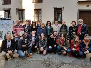 Concentración celebrada este miércoles junto al monumento a Ruiz Carnero.