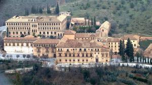 Vista de la Abadía del Sacromonte desde el Cerro del Sol.