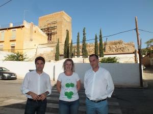 La alcaldesa y los concejales de Urbanismo y Turismo y Hacienda y Patrimonio.