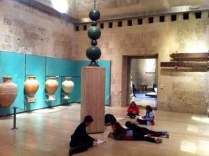 Escolares en el Museo de la Alhambra.