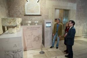 Exposición de capiteles inaugurada este viernes.