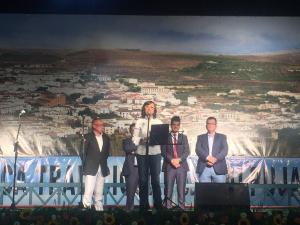 Rosa Aguilar inaugura el Festival de Música Tradicional de la Alpujarra.