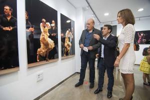 Miguel Ángel Molina con Gerardo Sánchez y Mar Callejas.