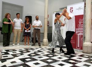 Muestra de baile durante la presentación del festival.
