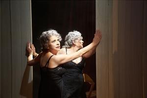 Kity Mánver, en una escena de la obra.