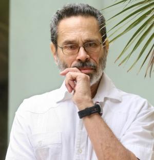 El compositor cubano Leo Brouwer.
