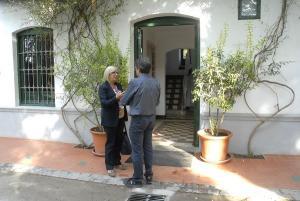 La concejala de Cultura en una visita a la Huerta de San Vicente.