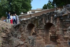 Imagen de las excavaciones del Palacio de los Abencerrajes de la Alhambra, que se incorporan como espacio abierto a las visitas.