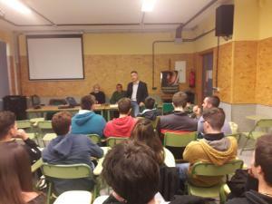 Arenas de Soria se dirige a alumn@s del IES Nazarí de Salobreña.