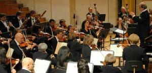 La orquesta, durante un concierto.