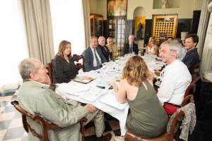 Reunión del patronato de la fundación.