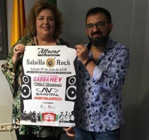 La diputada de Cultura y alcaldesa de Alfacar, junto al concejal de Cultura.