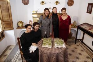 Susana Díaz con Laura García Lorca y Francisca Blanco.