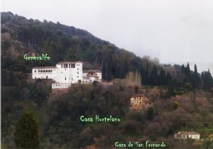 La imagen señala la ubicación de las Casas del Hortelano y San Fernando.