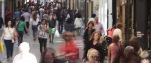 Mesones, una de las principales calles comerciales de Granada.