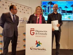 La alcaldesa en la presentación del proyecto hotelero.