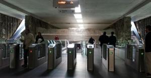 Interior de estación de Metro de Alcázar del Genil.