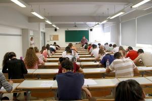 La UGR oferta 10.973 plazas de nueva admisión.