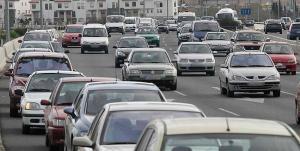 La circulación rodada, principal causa de la contaminación en Granada y su área metropolitana.