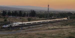 El AVE en pruebas en La Chana.