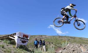 Sierra Nevada abre el fin de semana el calendario deportivo de verano.