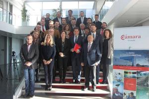 Representantes de la patronal y el equipo de delegados de la Junta.