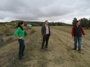 El delegado de Agricultura, en su visita a Cortes de Baza.