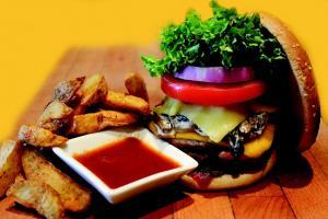 En el estudio se mostraron a los participantes imágenes de comidas como hamburguesas.