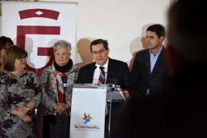 José Entrena, con los miembros de su gobierno, en la comparecencia de este viernes.