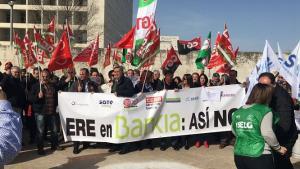 Protesta junto a la sede del Cubo.