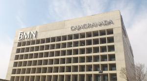 El 'Cubo', sede central de la extinta Caja Granada.