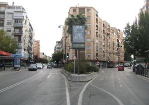 Cruce de Avenida de Dílar con Avenida de Cádiz, en el Zaidín.
